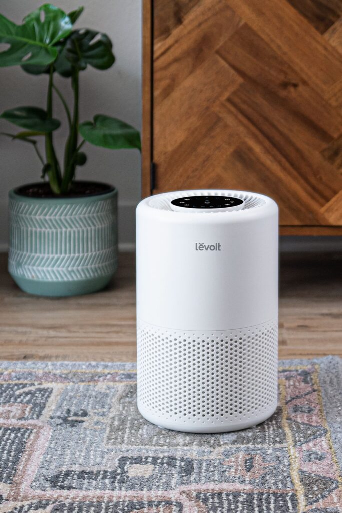 Levoit Core 200S air purifier for home office